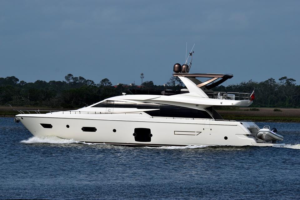 luxury-yacht